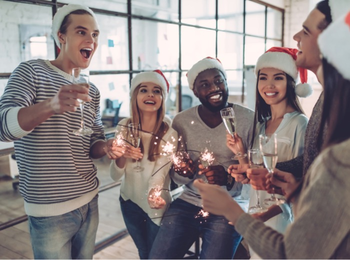 3 Christmas party tips to celebrate the end of 2020 safely